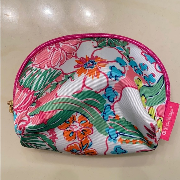Lilly Pulitzer for Target Handbags - NWOT Lily Pulitzer for Target Round Top Travel Bag